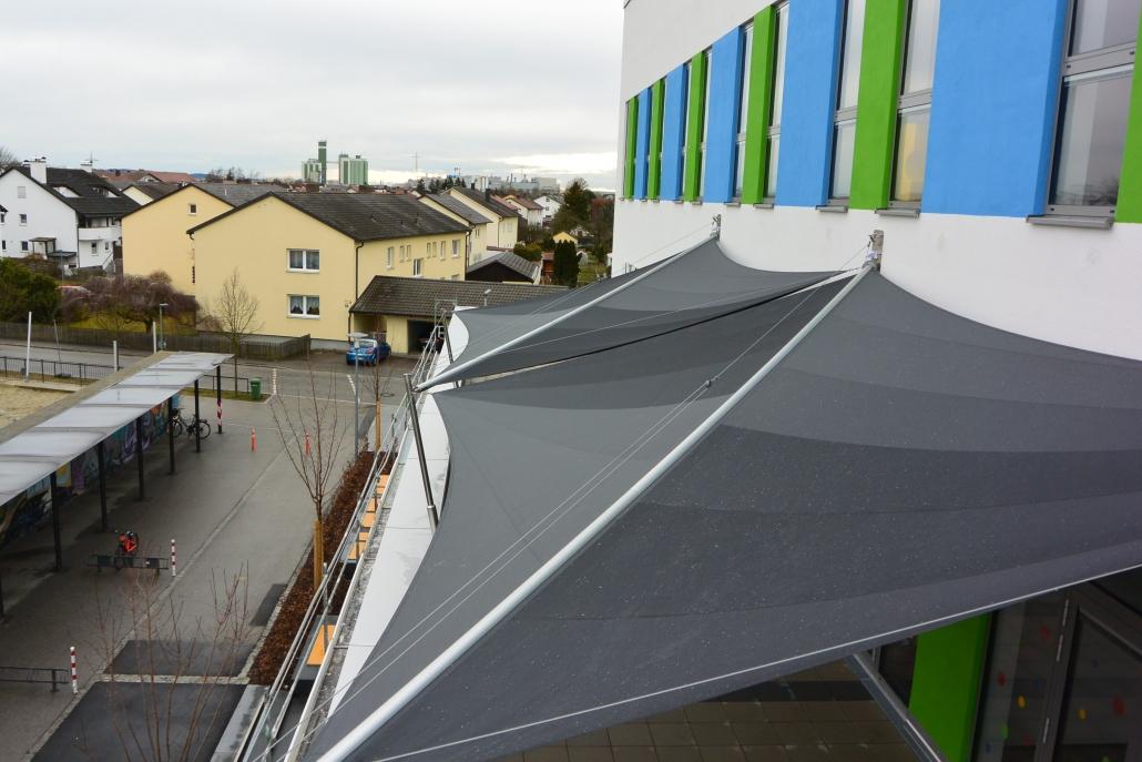 aerosun® Rollsegel (Sun Furl System) , rollbares Sonnensegel mit Wetterstation, Sonnenschutz, Kindergarten, Dachterrasse