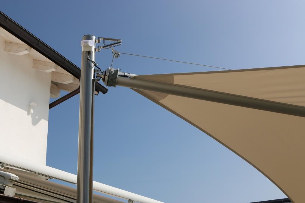 aerosun® Rollsegel (Sun Furl System) , rollbares Sonnensegel mit Wetterstation, Sonnenschutz, Poolüberdachung